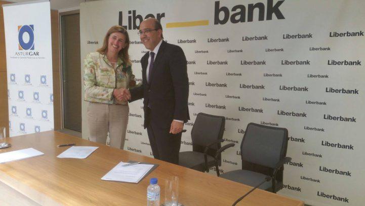 Liberbank y Asturgar renuevan su apuesta por las empresas de Asturias